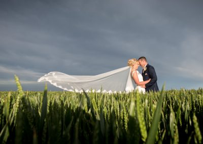Long veil wedding photos